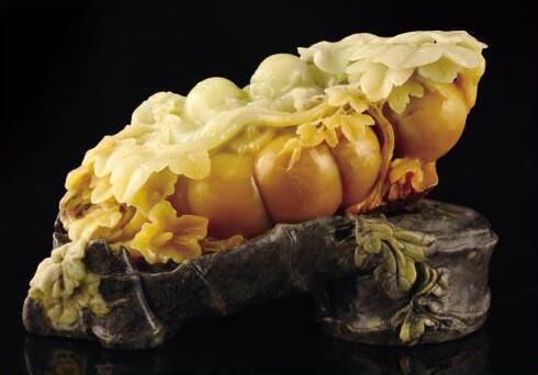 黄翡翠雕刻摆件